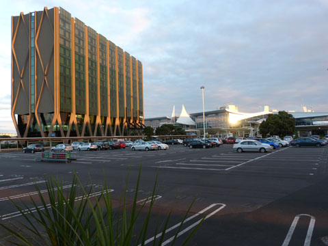 Sleep at the Airport: Auckland Novotel Hotel